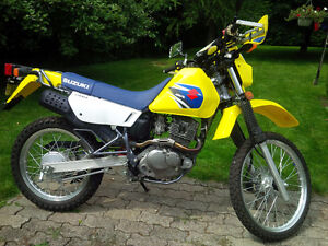 Suzuki DR200 Like New Low KM