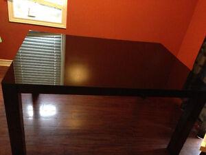 Glass top dining table Kitchener / Waterloo Kitchener Area image 1