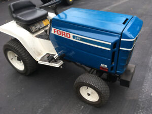 1979-80 Ford Lawn Tractor LGT16.5