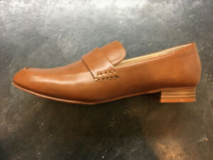 tan loafers, size 41 (9), vegan, canadian-made