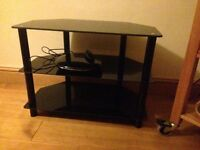 Tv stand & Samsung DVD player
