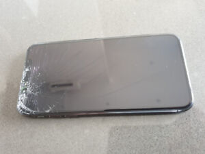 Cracked Screen iPhone X 64GB space grey
