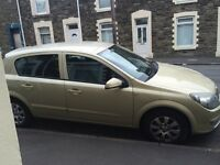 2005 auto 1.6 astra low mileage for sale
