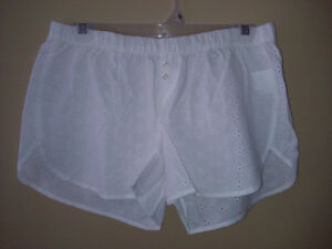 Old Navy  women's white embroidered cotton sleep shorts Small
