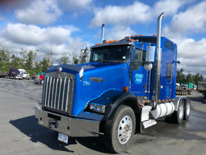 Kenworth t800 2007 and lode king trailers