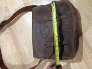 Ducks unlimited Leather Hunting / accessorie bag hand made in CA