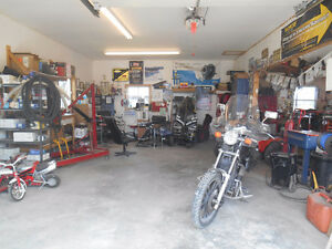 house and business mechanic garage