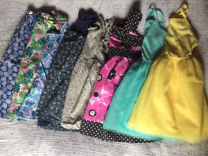 Lot of summer dresses 2T