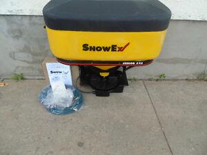 new snow ex junior 325 tailgate salt sander