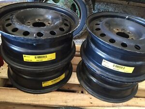 (((( FOUR RIMS EXCELLENT CONDITION ))))