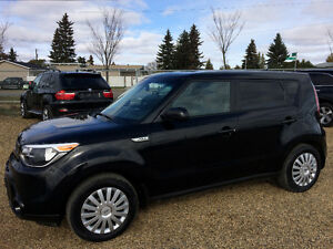 2016 KIA SOUL ONLY 21,000kms....BLUE TOOTH!  BEST PRICE!!
