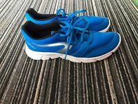 Running shoes for man size 9.5 new