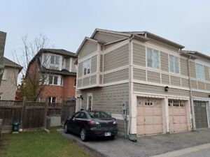 Beautiful 1 Bedroom Coach House In Markham (9th Line/16th Ave)