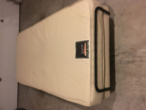 Adjustable Pocket Coil Bed excellent condition
