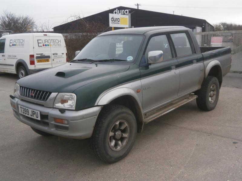 1999 t mitsubishi l200 2 5td 4life double cab pick up truck 4x4 export farmers in clacton on. Black Bedroom Furniture Sets. Home Design Ideas