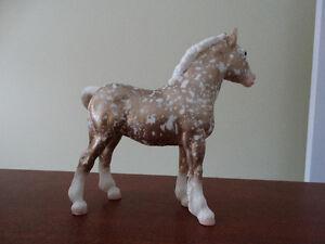 Breyer horse - Clydesdale Foal custom gold florentine