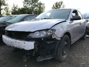 2005 Mazda Mazda3 * FOR PARTS * INSIDE & OUTSIDE*