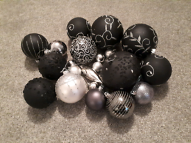 FREE Christmas Tree Black & Silver Baubles