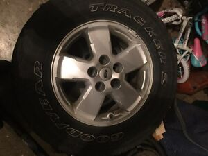 2008-2013 Ford Escape rims and tires