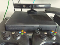 250 GB Xbox 360 S + Games +an other Xbox 360 S for part+ kinect