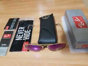 Rayban Womens New Gold Frame and blu/purple lense $40 Authntic