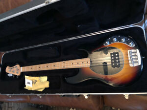Ernie Ball Musicman Stingray 4 string Bass - Active EQ