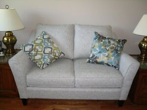 CUSTOM MADE LOVESEATS & CHAIRS