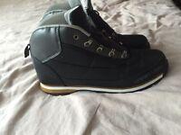 Men's black boots size 10