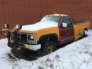 1991 GMC 2500HD with Plow