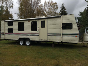 30' travel trailer