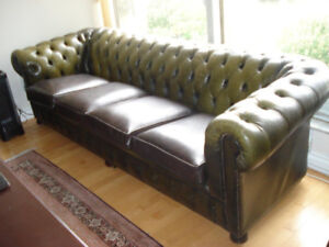 Chesterfield Tufted Style Leather Sofa Green 4 seats.