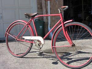 ANTIQUE / VINTAGE CCM BICYCLE