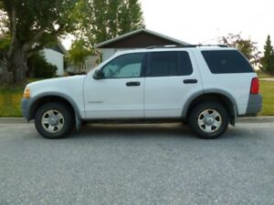 2002 Ford Explorer 4WD.