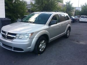 2009 Dodge Journey 7passagers 4 cylindres 2.4 litres