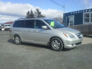 2006 Honda Odyssey LOADED !! THE FAMILY SLED !!