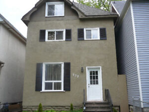 2 Level Duplex Available for JANUARY 1 #All Utilities Included
