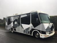 Chevrolet GMC RV Motorhome 28ft RaceHome American Camper Coachmen Mirarda