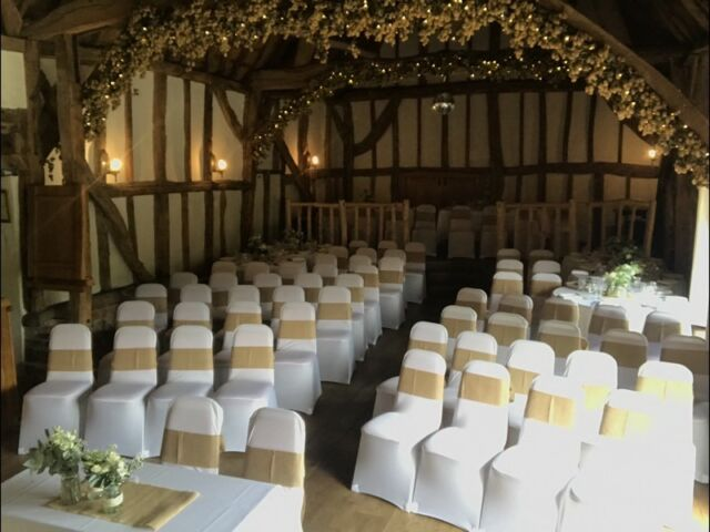 Awesome 104 White Spandex Chair Covers Used For Wedding In Benson Oxfordshire Gumtree Machost Co Dining Chair Design Ideas Machostcouk