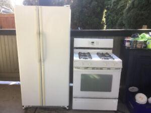 White kitchen appliance set