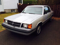 Dodge aries k 1987 4 cylindres 2.2 L
