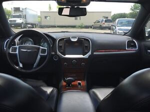 2012 CHRYSLER 300 LIMITED * LEATHER * SUNROOF * BLUETOOTH * REAR London Ontario image 11