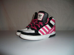 """"""" Adidas """""""" shoes chaussures ------ size 11 US / 28 EU"""