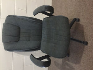 Computer chair from pet free smoke free home.
