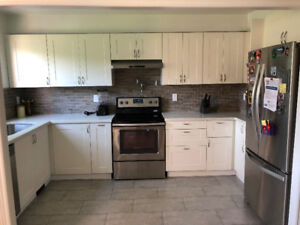 Townhouse 3+1 bdrms & 3 bthrms -Renovated! Mississauga