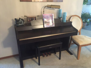 CLAVINOVA  ELECTRONIC PIANO - PRISTINE CONDITION