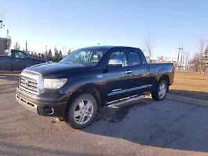 2009 Toyota Tundra Limited Mint Condition 5.7L  Service Records