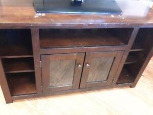 *** USED *** ASHLEY MARION TV STAND   S/N:51187729   #STORE507