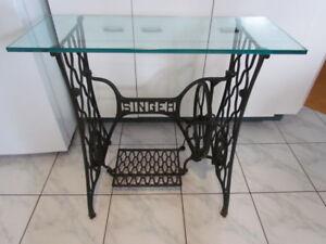 Tres belle table ancienne, Machine a coudre Singer, Décoration