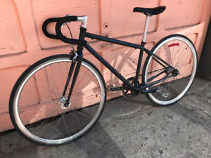 SINGLE SPEED FIXED GEAR NOIR, potence style plongeur avec frein