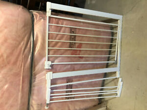 Safety 1st Door/Wall Baby Gate